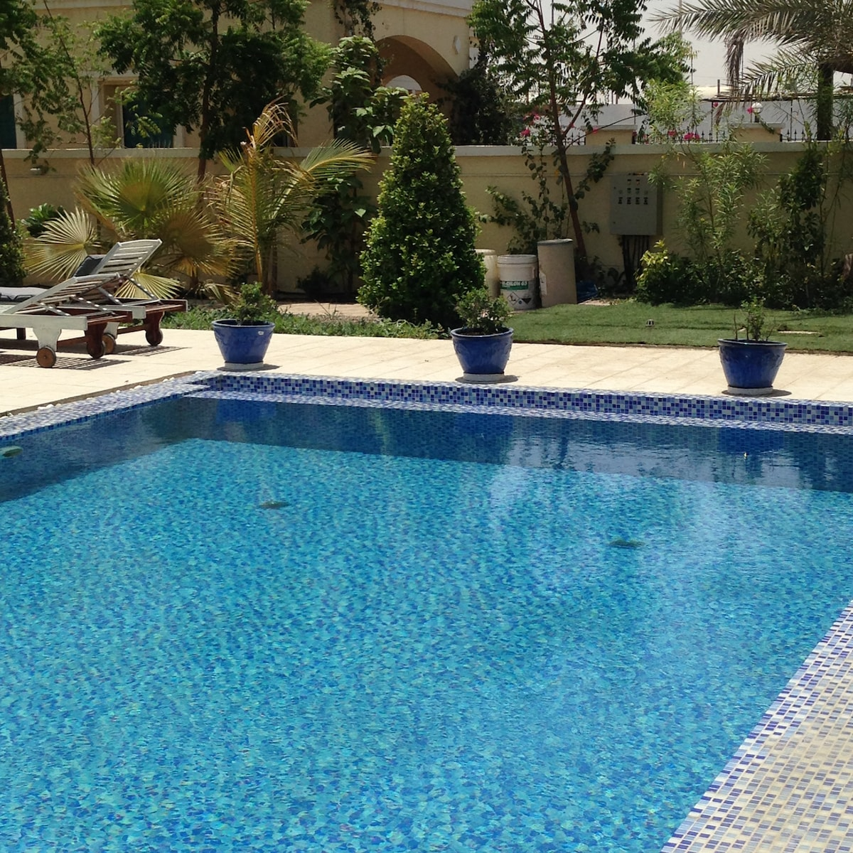 Lovely Dubai Villa with Pool