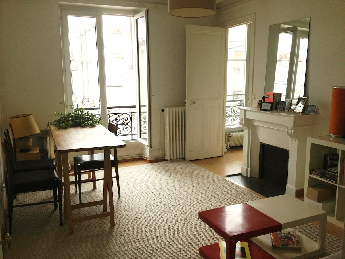 3 rooms flat next to Montmartre