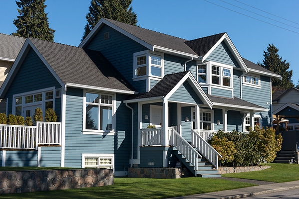 Bright home in Upper Lonsdale