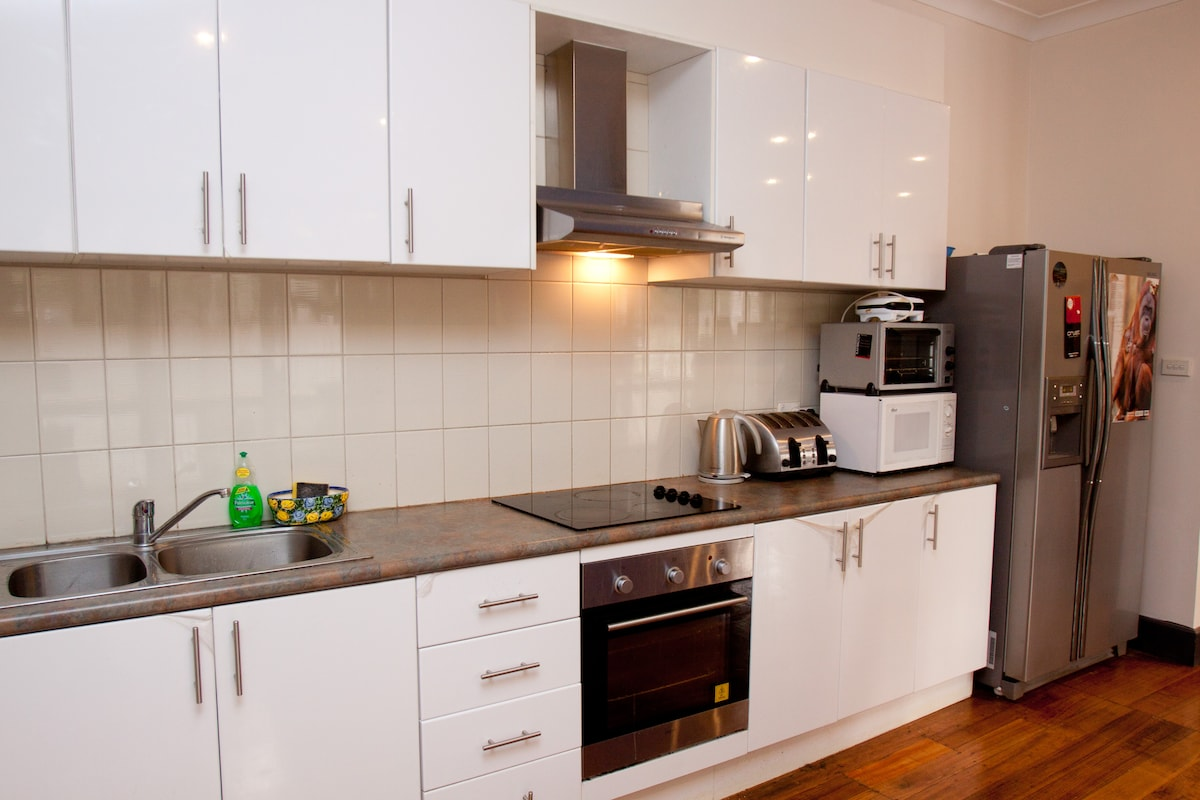 Fully equipped kitchen downstairs