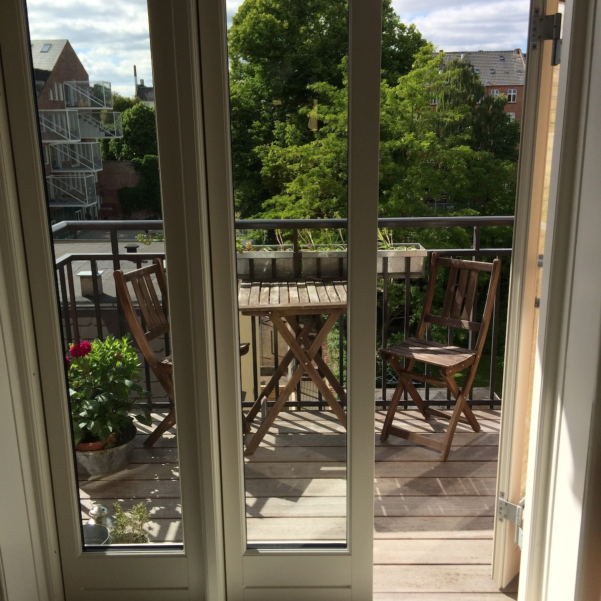 Lovely apartment with sunny balcony