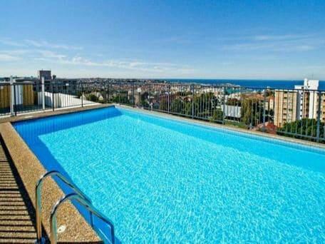 Studio Beach Apartment/rooftop pool