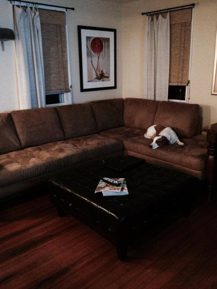 East Side. 5 min from Brown. 1 Bed