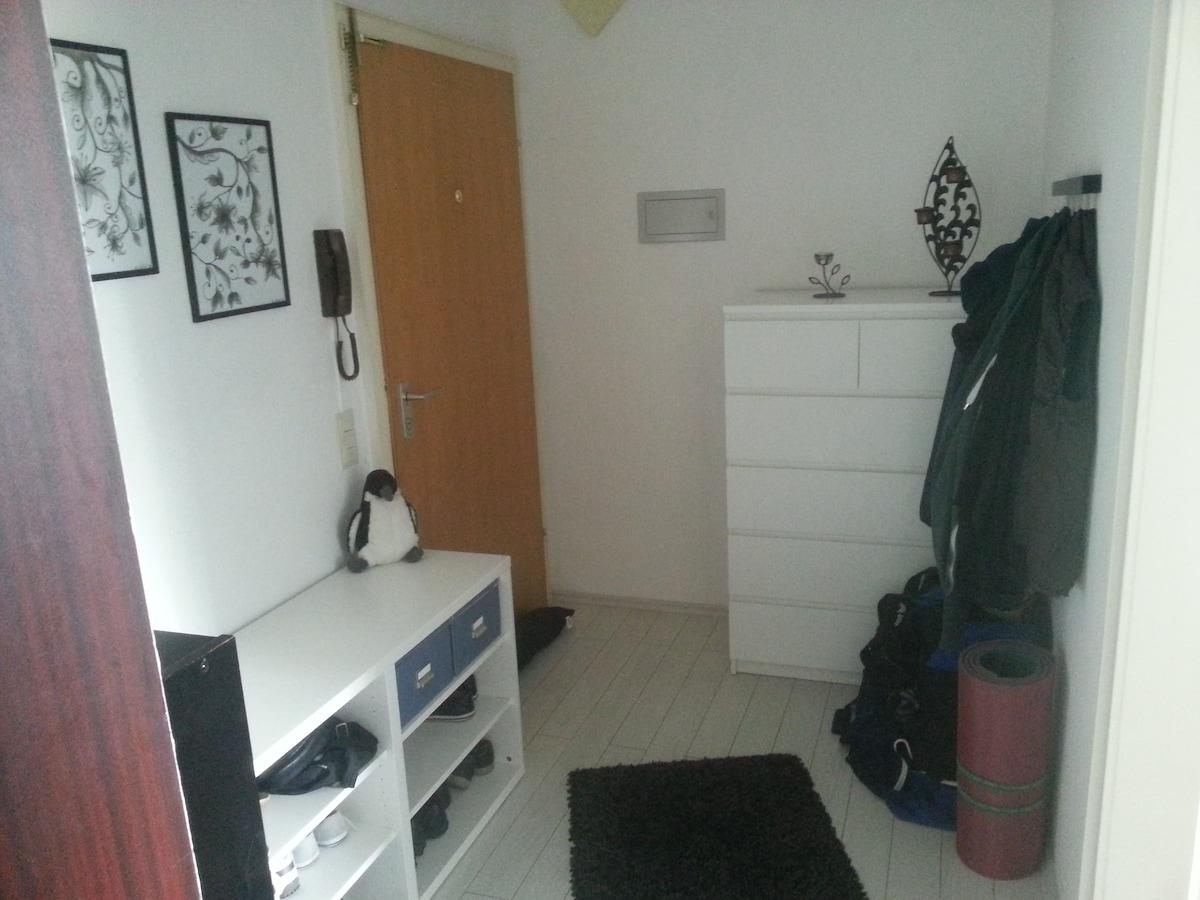 Komplette 2 Zimmer Wohnung (70m²)