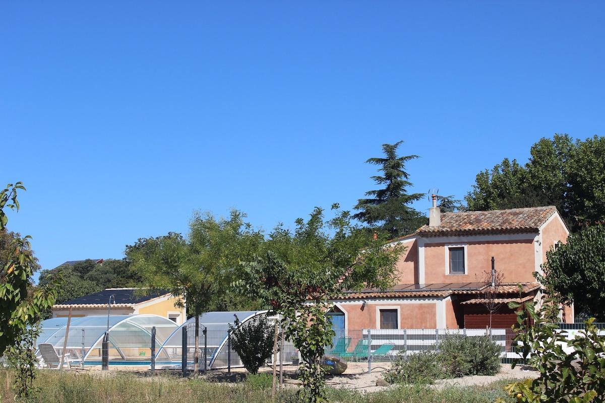 Maison abricot