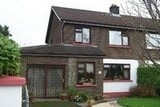 4 bed house 1 mile from town center