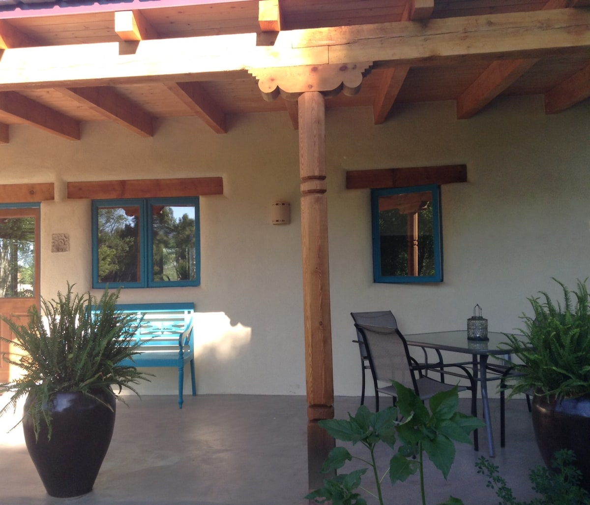 Gorgeous New Casita- 5 min to Plaza