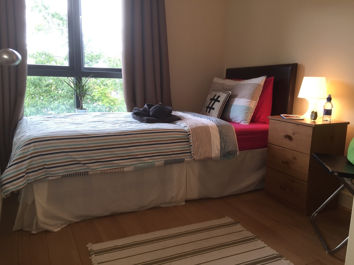 Single Room close to ocean