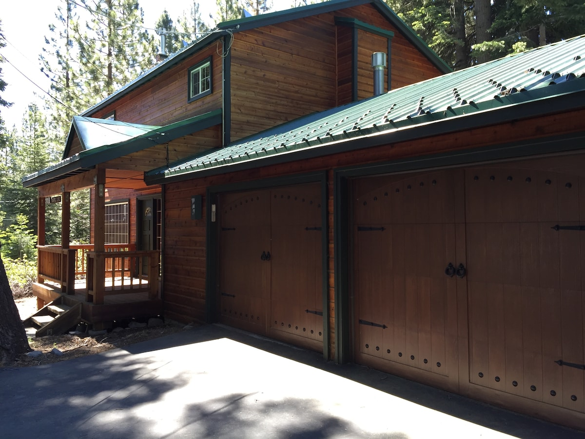 Beautiful Tahoe City 3 bdrm home