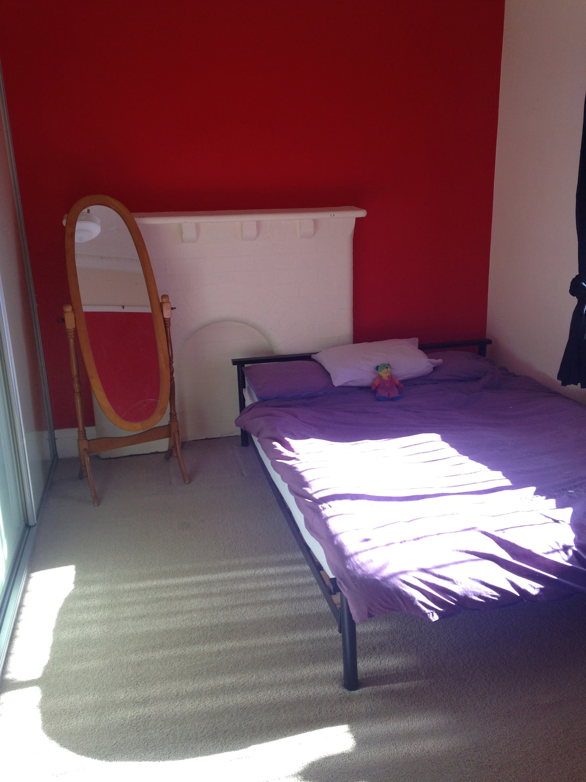 Relaxed sunny room in Marrickville
