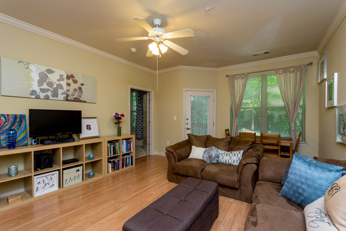Peaceful ATL Apt w/ Great Amenities