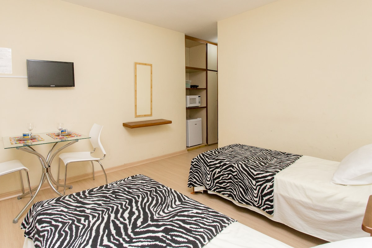 SUITE for 2 people NEAR TOTHE BEACH