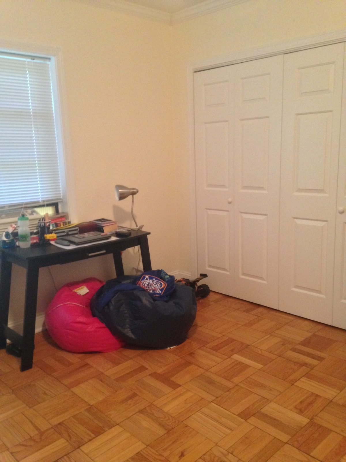 Twin bed in a clean room