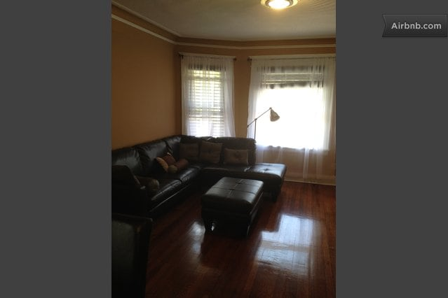 WOMEN ONLY. 6 Mins from JFK Airport