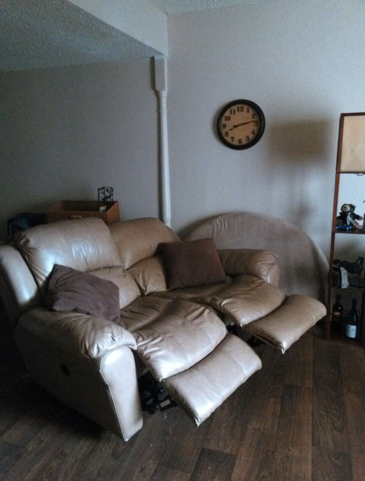 TownHome w/ Airport service avl