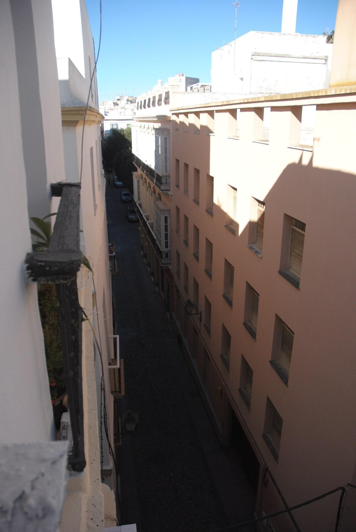 Cádiz center.near catedral & market