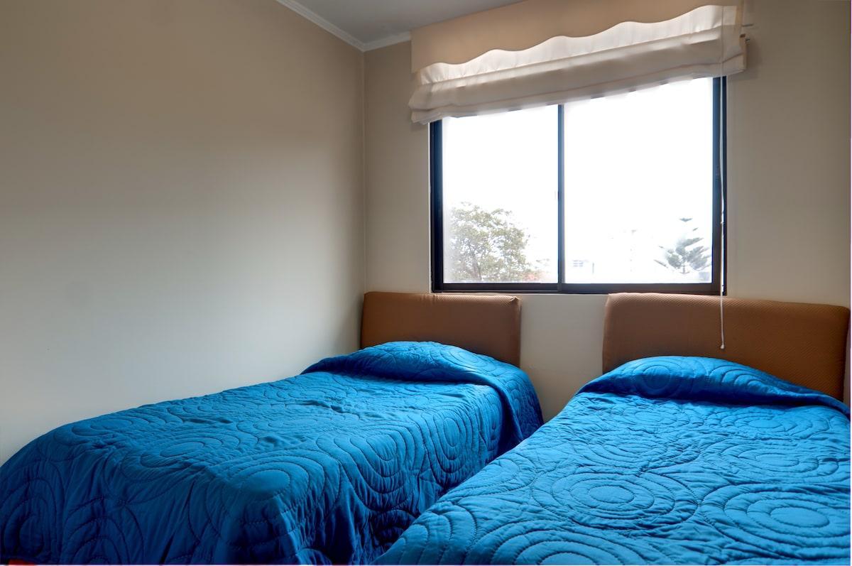 2 bedroom apt, 28 de Julio Avenue