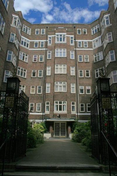 Bright Central London Apt-3rd floor