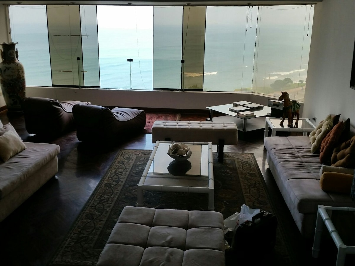 Great view huge apartment