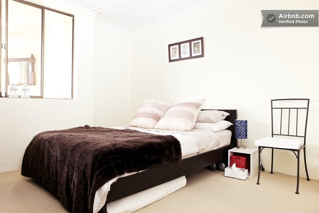 Deluxe Surry Hills Apartment: 2 BDR