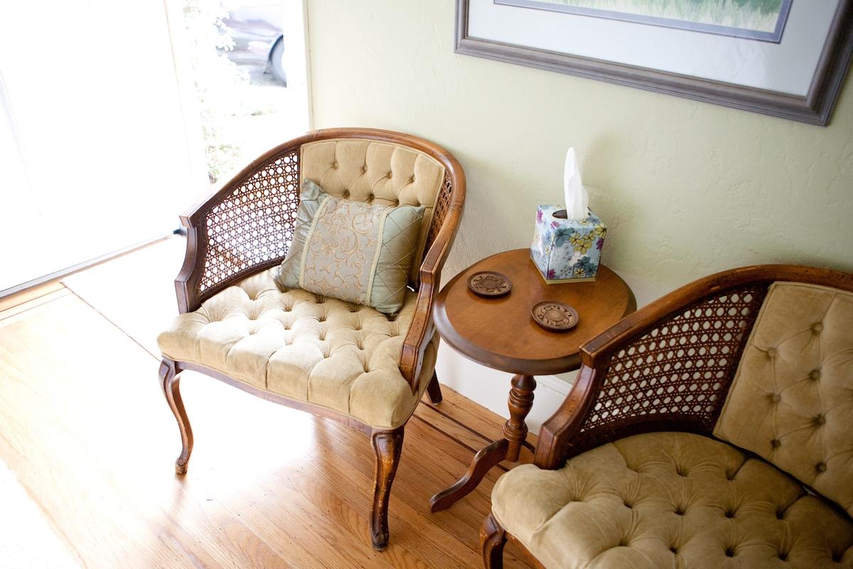 Tranquil & Convenient Garden Studio
