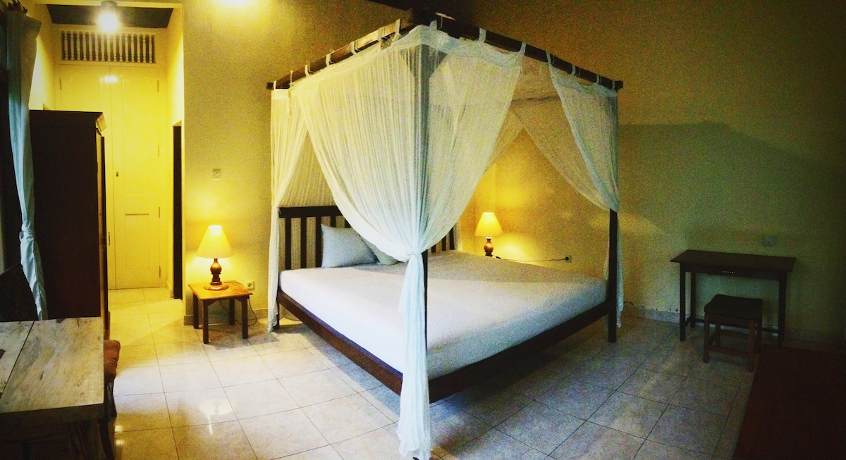 Coco Alami Guest House Pool View