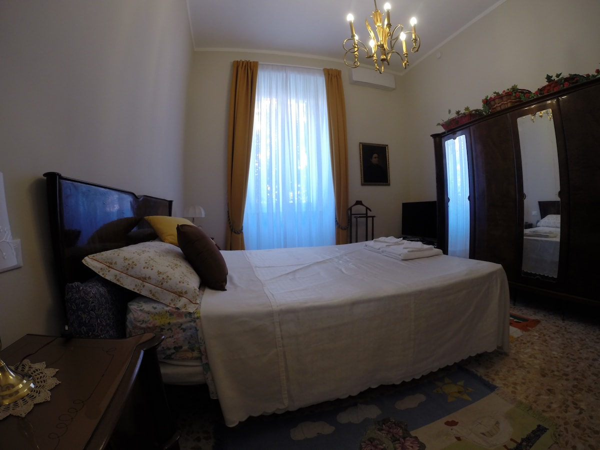 COLOSSEO SQUARE DOUBLE ROOM