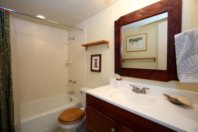 Bathroom has shower/tub.  No toiletries but there is a blow dryer.