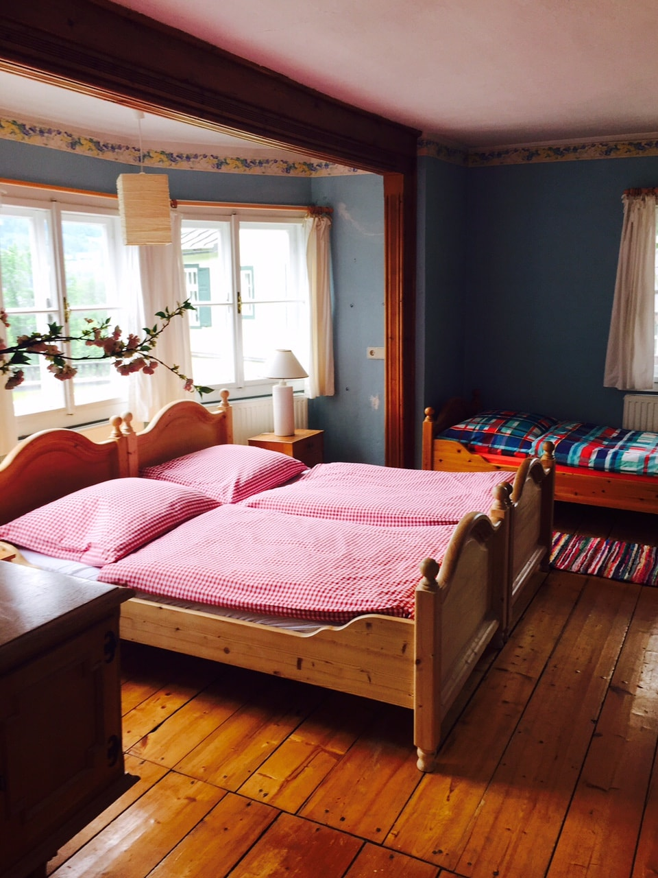Downstairs room with Mountain View