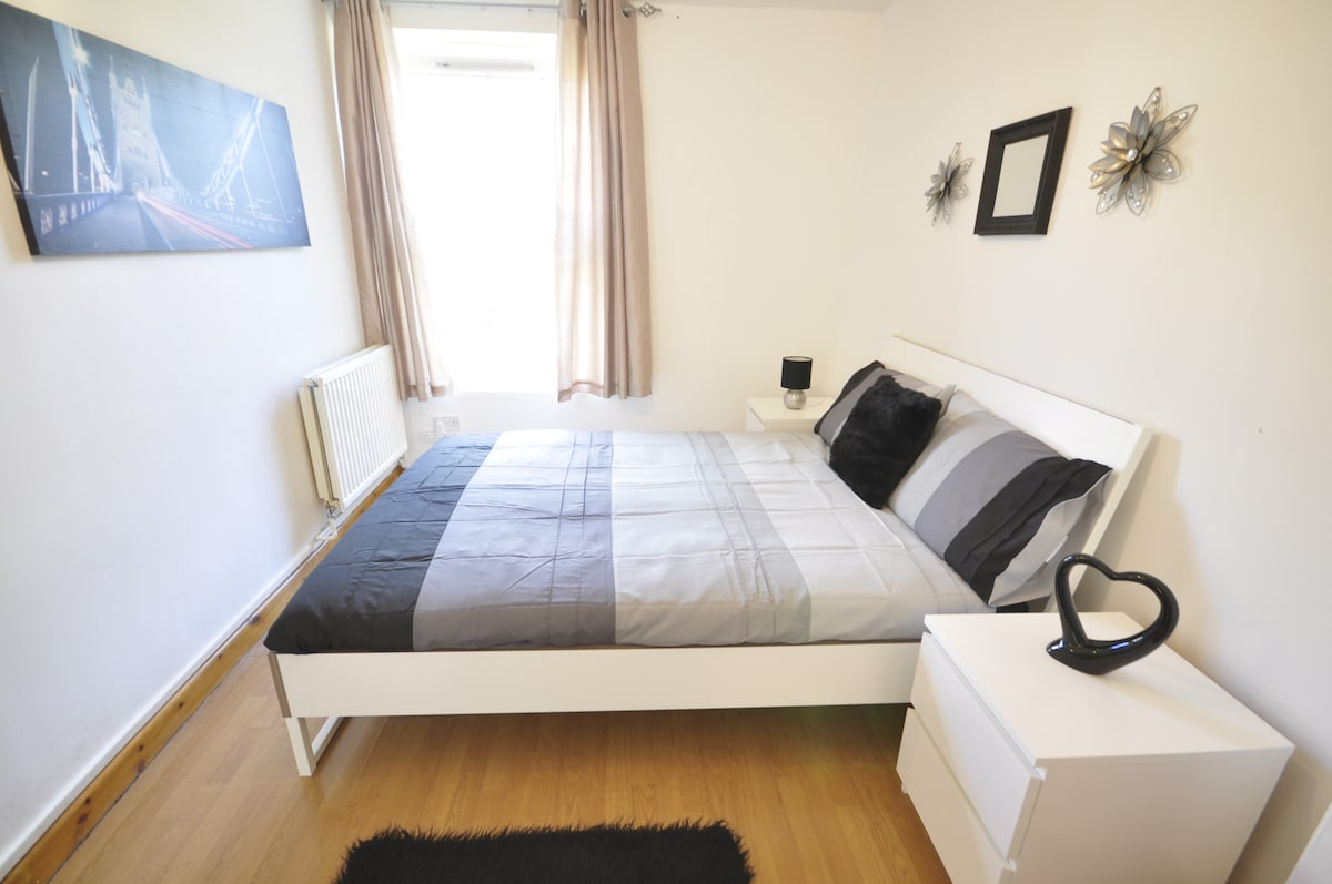 Cosy room in Bethnal green POT2