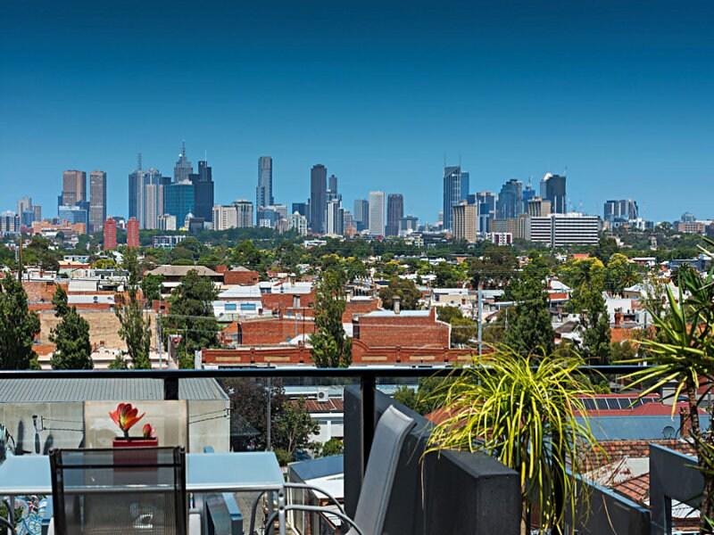 En Suite in Melbourne