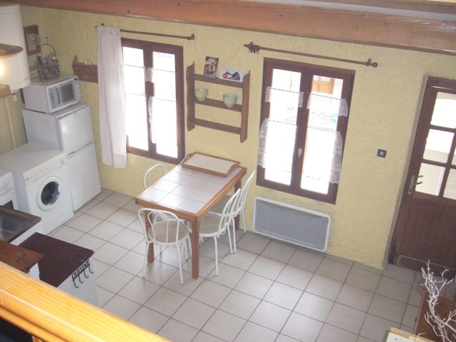 Appartement calme en centre village