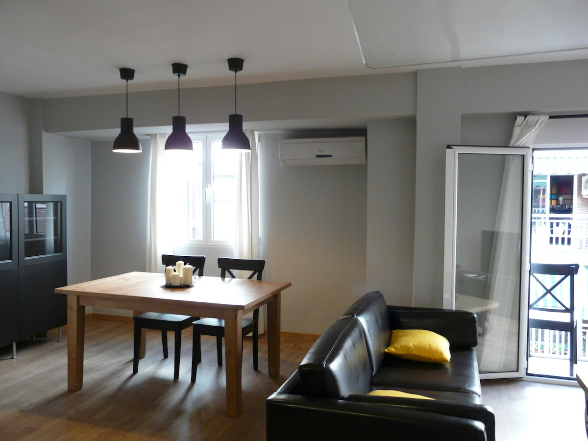 Renovated in the center of Valencia
