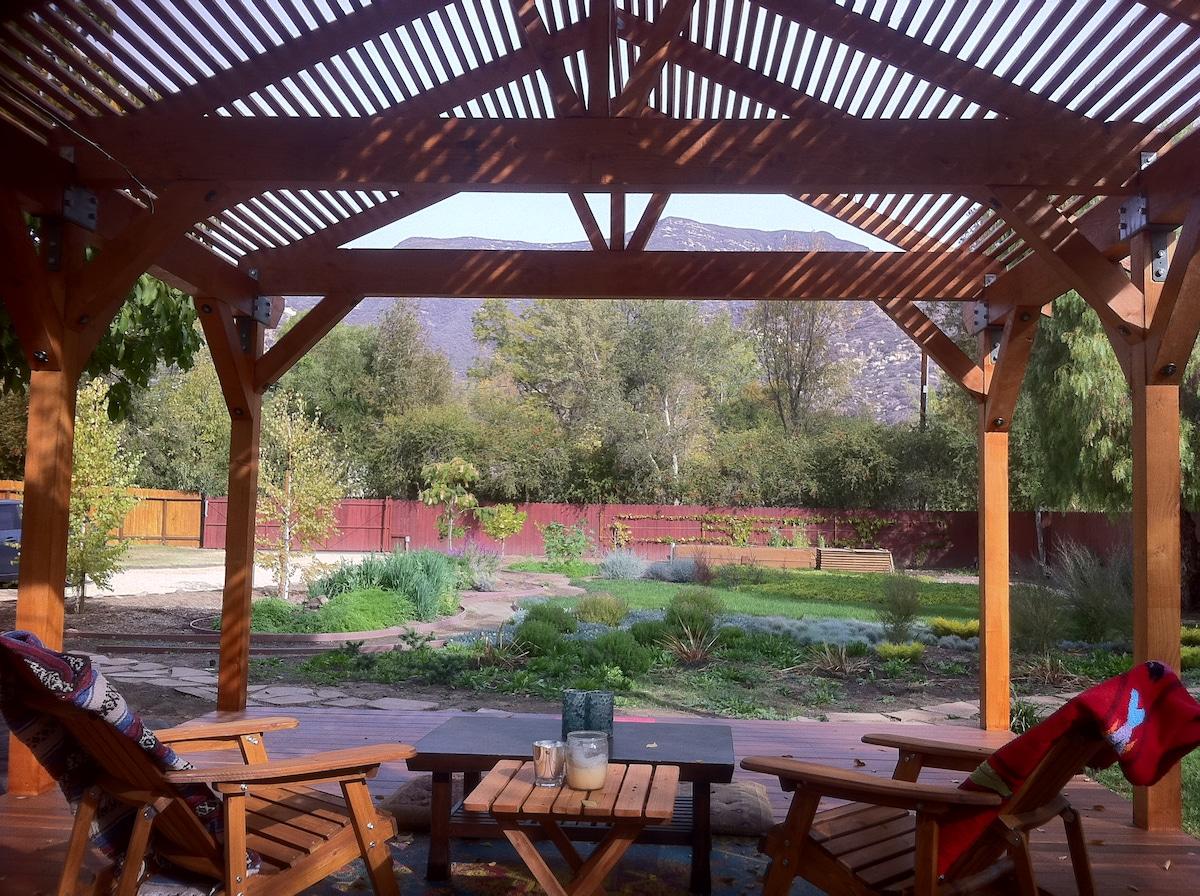 Beautiful and Private Ojai Retreat