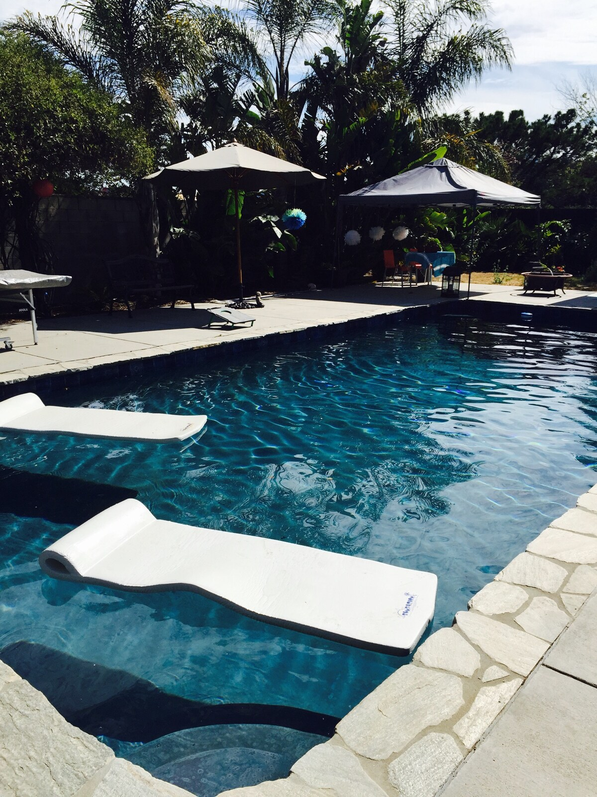 Lux 3-4 Bedrm, Lap Pool, Grt Local