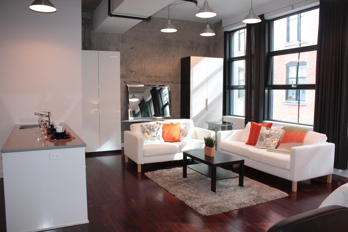 Sunburst Montreal Loft$560this week