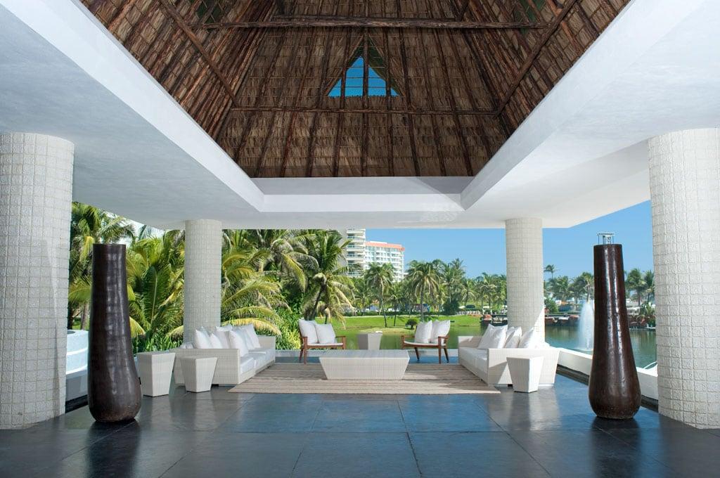 Acapulco Luxury Resort