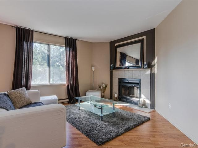 2 cozy private rooms near downtown!