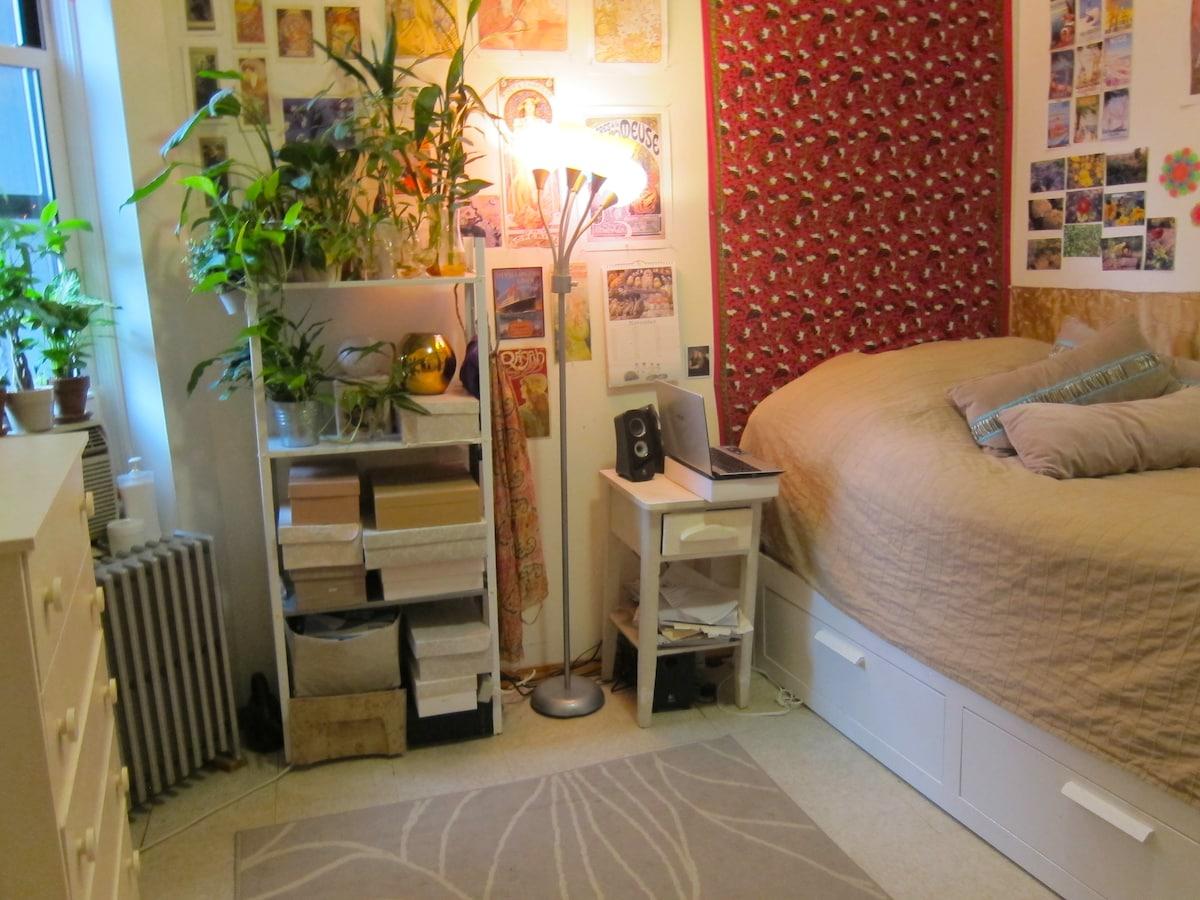 room in SOHO, aug 1-31, low rent