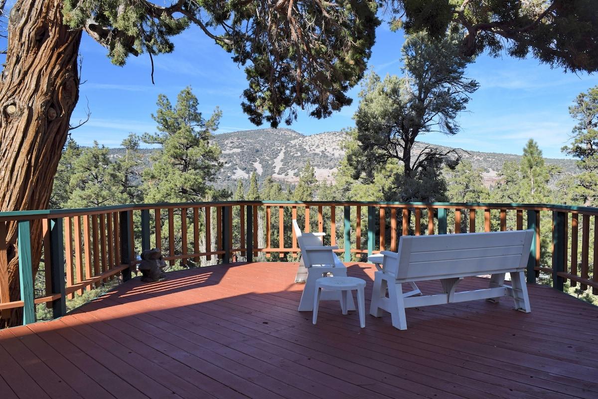 Bella Vista: Views: BBQ, Views