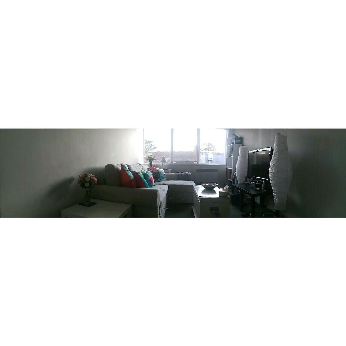 1 Bedroom apartment, beach & wi-fi