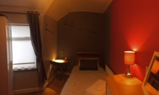 Cosy Room, minutes from the city!