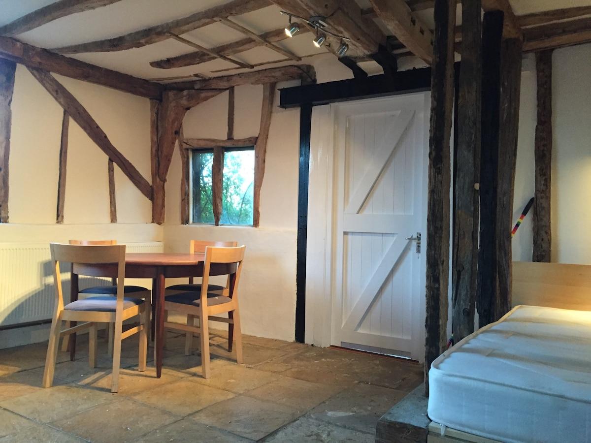 Beautiful 15th Century barn