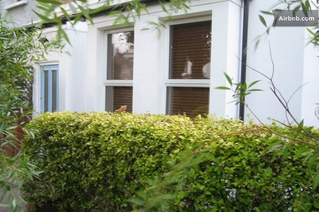 London self -catering Cottage