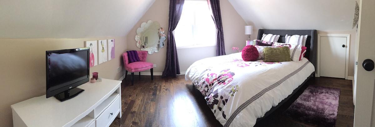 Adorable bedroom in modern home!