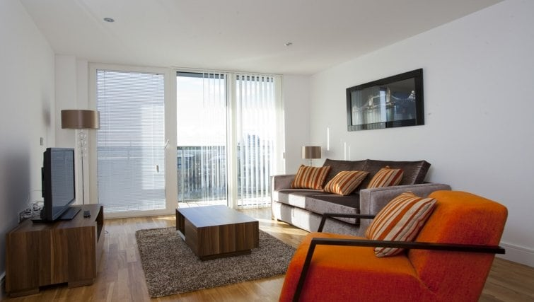 Lovely modern fully equipped flat