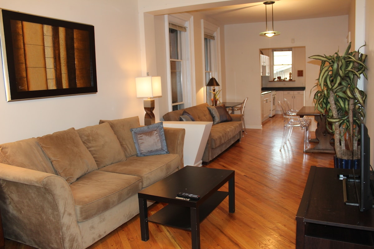 2 bdrm Apt in Charming Neighborhood
