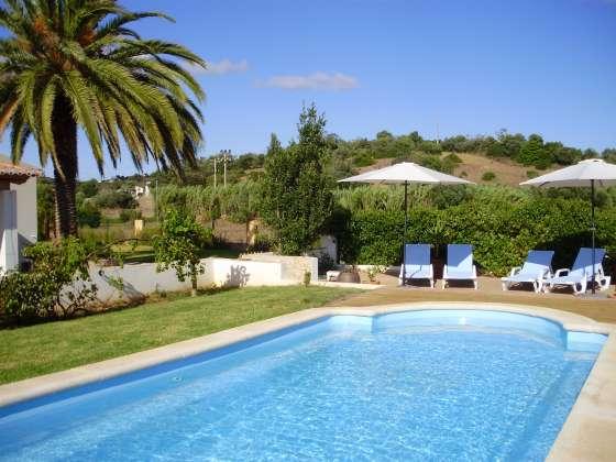 Algarve converted farmhouse, pool