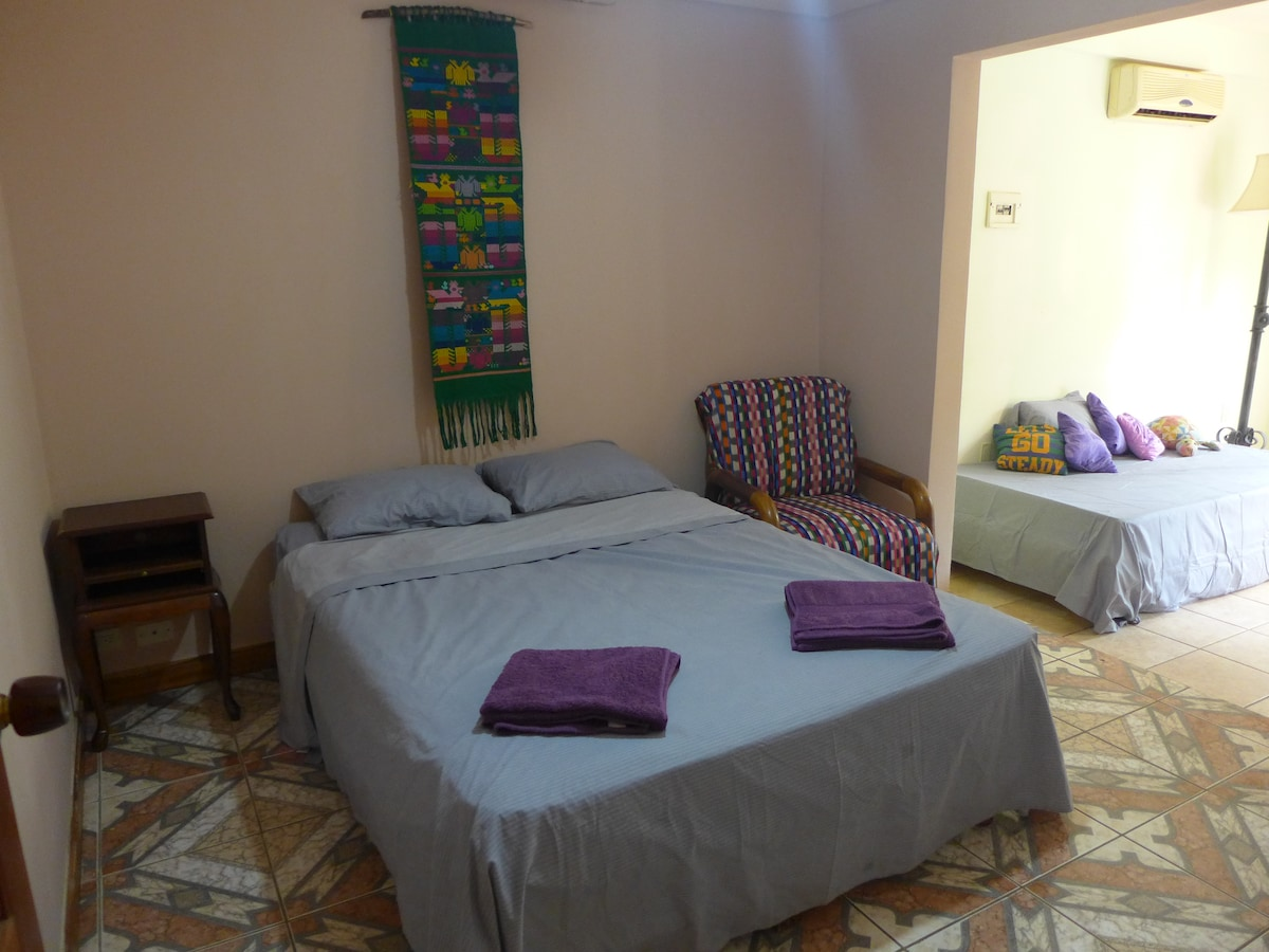 Private room in La Casa Amarilla