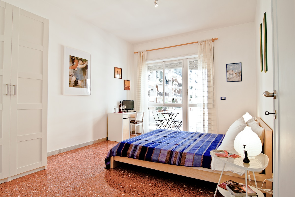 Lovely apt b & b near Trastevere